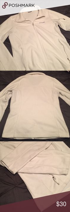 Columbia White Fleece Full Zip Jacket Columbia full zip jacket. White fleece- perfect for any snow bunny (or just cool Texas weather 😜). Lots of zipper pockets- two in front and one on the left arm.  Minimal discoloration in a couple of spots (as pictured) due to the color of the fleece that are not noticeable except upon super close inspection. Excellent condition- I love this jacket but it doesn't fit anymore. Columbia Jackets & Coats