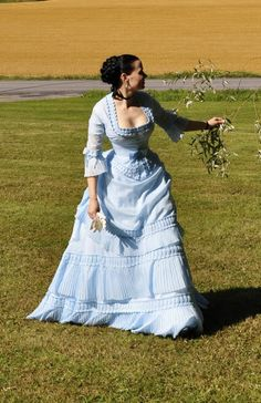 1870 dress by The Aristocrat  http://the-aristocat.livejournal.com/18013.html#