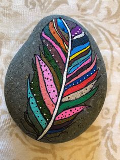 Pebble Painting, Pebble Art, Stone Painting, Rock Painting Patterns, Rock Painting Designs, Deco Ethnic Chic, Kindness Rocks, Stone Crafts, Rock Art