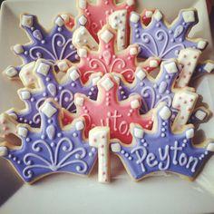 Princess Crown Cookies by BitesBakedGoods on Etsy, Cookies For Kids, Cut Out Cookies, Easter Cookies, Birthday Cookies, Fondant Cookies, Royal Icing Cookies, Cupcake Cookies, Crown Cutout, Frozen Crown