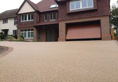 Resin Bound Gravel Driveway in Flaxen Pea colour, Reigate, Surrey installed by Clearstone Permeable Driveway, Resin Driveway, Brick Driveway, Gravel Driveway, Driveway Design, Driveway Landscaping, Small Backyard Landscaping, Driveway Ideas, Resin Gravel