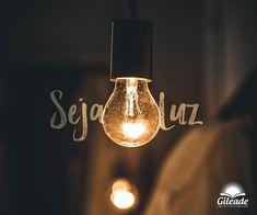 Seja luz! Tumblr Wallpaper, Iphone Wallpaper, Wallpaper Notebook, Light Up Box, Christian Wallpaper, Jesus Freak, Jesus Loves Me, Don't Give Up, God Is Good