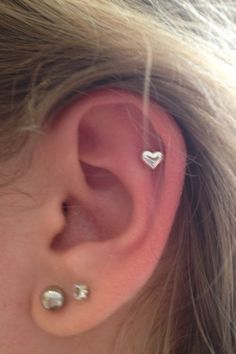Got this heart cartilage piercing today! It's so pretty!