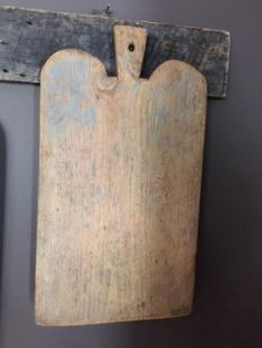 Early primitive breadboard with old chippy blue paint * williaharm-5 ~ ebay.