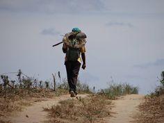 """© Marks Werneck, 2013. """"Campesino agrestino voltando pra casa ao meio dia, em pleno desabrochar do inverno no agreste alagoano""""."""