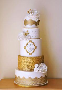 Gold Wedding - Cake by ArchiCAKEture