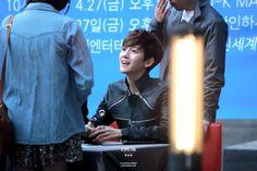 12.04.28 Fansign at Incheon (Cr: B'SPECTRA: baekhyun0506.com)