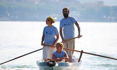 Con il Caicio alla Trasiremando 2015. Quest'anno alla Trasiremando hanno partecipato 168 rematori su 70 imbarcazioni. Con noi alla regata non competitiva c'erano anche gli amici del Caicio. Come sempre nutrita la rappresentanza del Circolo rematori di San Feliciano. Impeccabile l'organizzazione dll'A.S.D. Centro Rematori Passignano che ha rifornito i partecipanti di acqua e frutta. Grazie a a Vanni per la barca di supporto e a Giorgio Brusconi per le foto.