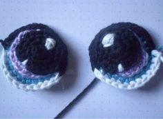 yeux - Crochet Eyes: free pattern (use translate) for amigurumi Crochet Eyes, Knit Or Crochet, Crochet Motif, Crochet Crafts, Yarn Crafts, Crochet Stitches, Crochet Projects, Crochet Patterns, Gato Crochet