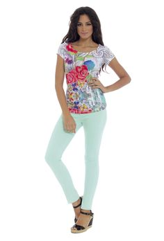 Camiseta MAYA y jeans ESTRELLA