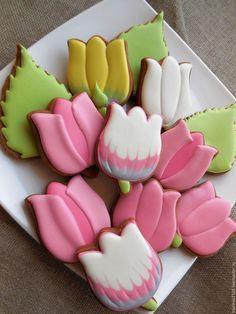Пряники весеннии цветы.Подарки майские праздники - купить или заказать в интернет-магазине на Ярмарке Мастеров   Пряники весенние цветы.Пряники на Пасху. Пюльпаны…