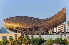 The monumental golden steelmesh fish sculpture Gehry created for the 1992 Olympic Village in Barcelona represented a...