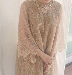 merrasrtw is part of Dress brokat - Kebaya Modern Hijab, Dress Brokat Modern, Kebaya Hijab, Kebaya Muslim, Model Kebaya Brokat Modern, Kebaya Lace, Kebaya Dress, Dress Pesta, Dress Clothes For Women