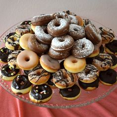 Doughnut, Sweet Recipes, Food And Drink, Cupcakes, Baking, Drinks, Desserts, Australian Men, Hampers