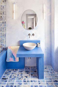 Terrazzo tiles with coloured glass, for floors and walls Painting Ceramic Tiles, Ceramic Floor Tiles, Painted Tiles, Porcelain Tile, Bathroom Renos, Bathroom Interior, Bathroom Plants, Sala Grande, Interior Design Boards