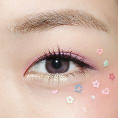 Fun pink and pastel eye makeup Makeup Inspo, Makeup Art, Makeup Inspiration, Beauty Makeup, Hair Makeup, Makeup Ideas, Makeup Tutorials, Kawaii Makeup, Cute Makeup