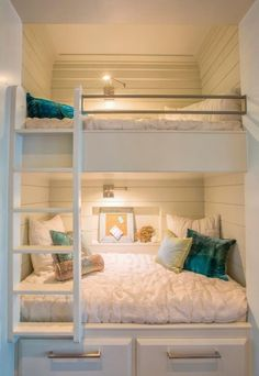 26 Cool And Functional Built-In Bunk Beds For Kids | DigsDigs