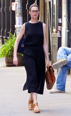 Anne Hathaway from The Big Picture: Today's Hot Pics  Nerdy chic! The Oscar winner wears trendy glasses while out in New York.
