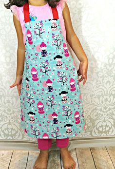 Little Mary Sous Chef Apron - How to Make an Apron fro Kids