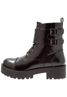 MSGM HIKING BOOT - Botines con plataforma - black Acheter Pas Cher Abordable Bonne Vente Footlocker Vente En Ligne i6PPUTphWO