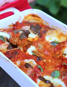 The perfect dumplings and their cherry tomato sauce - .- The perfect dumplings and their cherry tomato sauce – # balls Cherry Tomato Sauce, Cherry Tomatoes, Sauerkraut, Cuisine Diverse, Summer Dishes, Healthy Low Carb Recipes, Food Trends, Dumplings, Summer Recipes