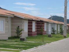 Casa no condomínio Terra Nova de 2 quartos com amplo espaço de quintal