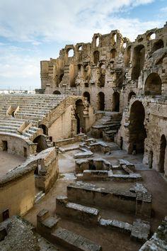 roman amphitheater, el jem, tunisia | travel destinations in africa + ruins #adventure