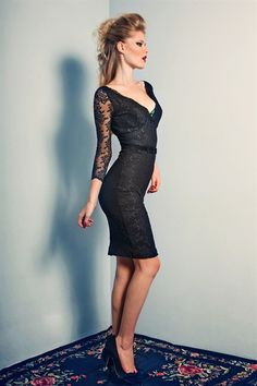 Channel a little Liz Taylor allure in the elegantly provocative Fifi dress. Constructed from classic black stretch lace and sculpting stretch power net lining. Scalloped Lace, Stretch Lace, Vintage Fashion, Vintage Style, Frocks, Style Me, How To Look Better, Classy, Elegant