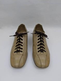 Hey, I found this really awesome Etsy listing at https://www.etsy.com/listing/568454365/vintage-bowling-shoes