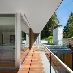 Gallery of Elm Street Residence / James K.M. Cheng Architects - 12