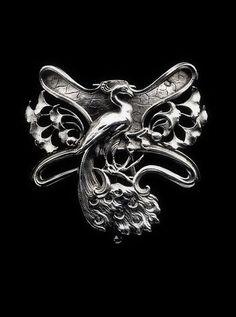 JANVIER QUERCIA | Art Nouveau Peacock Buckle Gilded silver. French, c.1900.