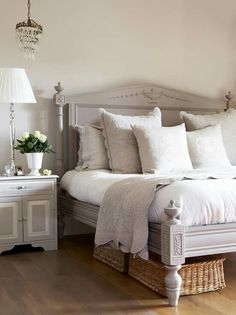 Furniture - Bedrooms : Gray and white cottage bedroom - Decor Object Farmhouse Master Bedroom, Master Bedroom Design, Dream Bedroom, Home Bedroom, Bedroom Ideas, Bedroom Suites, Master Bedrooms, Bedroom Designs, French Master Bedroom