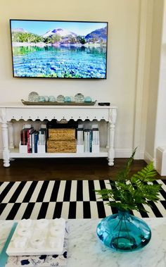 Good Life of Design: My Summer Decorating Continues With Some Sparkle! Tv Placement, Life Is Good, Summer Decorating, Sparkle, Living Rooms, Design, Lounges, Life Is Beautiful