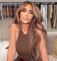 Looks Kim Kardashian, Blonde Hair Kim Kardashian, Kim Kardashian Hairstyles, Kim Kardashian Highlights, Brown Hair With Blonde Highlights, Hair Highlights, Kim Blonde, Hair Inspo, Hair Inspiration