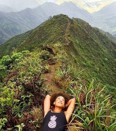 Dream a little dream. Hiking in Oahu, Hawaii Go Outdoors, The Great Outdoors, Worlds Of Fun, Around The Worlds, Best Landscape Photography, Bungee Jumping, Oahu Hawaii, Outdoor Woman, Get Outside