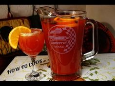 How To Make Jamaican Rum Punch Recipe 2017 Liquor Drinks, Non Alcoholic Drinks, Cocktail Drinks, Fun Drinks, Cocktails, Jamaican Rum Punch Recipes, How To Make Rum, Caribbean Recipes, Wine And Spirits