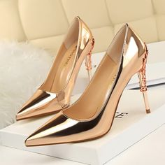 """f483b467db2 Heelscn.com on Instagram  """"👠👠Champagne Leather Metal High Heel Pumps Shoes  ✈✈Worldwide Free Shipping. 💋💋Tag your friends who would love these."""