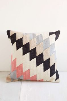 Shop Plum & Bow Andanda Kilim Pillow at Urban Outfitters today. We carry all the latest styles, colors and brands for you to choose from right here. Kilim Cushions, Throw Pillows, Floor Cushions, Accent Pillows, Textiles, Lana, Home Accessories, Clothing Accessories, Urban Outfitters