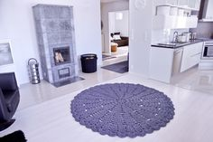 2 m Hooked Design lace rug