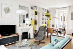 The One Small Space Decorating Tip Nate Berkus Swears By Large Furniture, Cool Furniture, Furniture Design, Plywood Furniture, Modern Furniture, Living Furniture, Decorating Small Spaces, Decorating Tips, Decorating Your Home
