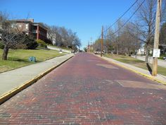 one of the only Cobblestone roads in Macon Georgia