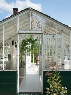 Step Inside Emily Henderson's Latest Greenhouse Transformation via @MyDomaine