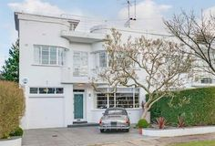 On the market: 1930s grade II-listed art deco property in Hampstead Garden Suburb, London N2 on http://www.wowhaus.co.uk