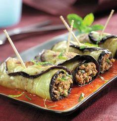 rulourile de vinete sunt un deliciu ideal pentru servit ca aperitiv, la pranz sau ca o gustare.