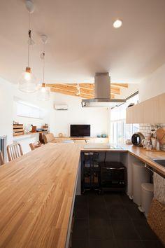 龍田の家 | ソラマド写真集 Compact Living, Cozy Kitchen, Bedroom, House, Design, Home Decor, Kitchen Furniture, Kitchens, Ocean House