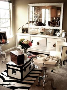 if i have a spare bedroom in my first house, its gonna become a closet and look something like this!