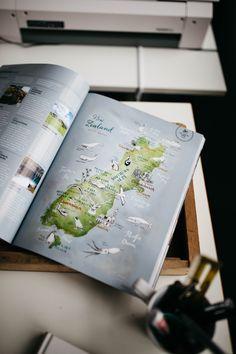 The Denizen Magazine 2014 summer issue: my illustrated map of New Zealand has been featured in an article about road trips; Studio Portrait and Interview with illustrators Carolina Búzio and Theresa Grieben on www.herzundblut.com/blog-1/zu-besuch-bei-buziogrieben © Jules Villbrandt