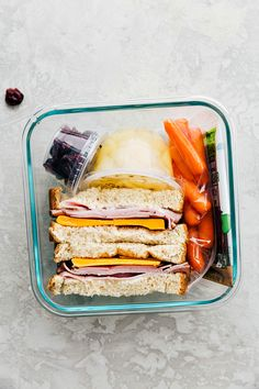1 Month of Healthy School Lunches with 2 Hours of Prep! Healthy Lunches For Work, Healthy Snacks For Kids, Healthy Eating, Work Lunches, Bag Lunches, Clean Eating Kids, Lunch Snacks, Kid Snacks, School Snacks