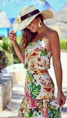 Panama Mon Amour Look Fashion, Womens Fashion, Sewing Class, Floral Maxi Dress, Maldives, Ankara, Panama Hat, Summer Outfits, Fashion Dresses