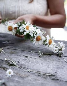 my scandinavian home: 5 Ways to Celebrate Midsummer Like a Swede – Fest Time Daisy Crown, Floral Crown, Daisy Daisy, Wild Flowers, Beautiful Flowers, Scandinavian Home, My Flower, Flower Crowns, Wedding Day